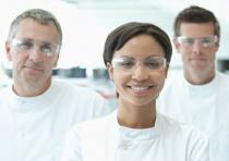 Les évaluateurs sont cruciaux pour assurer la qualité des résultats de laboratoire