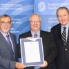 Six Canadiens se voient décerner le Prix 1906 de l'IEC pour leur contribution exceptionnelle à la normalisation électrotechnique